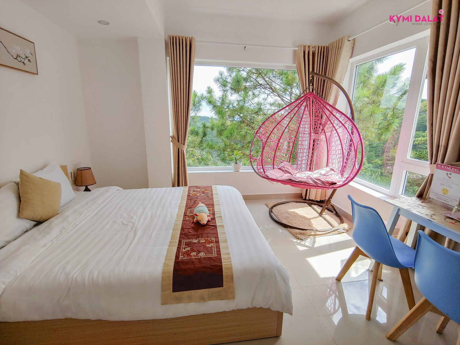 Hill View Room